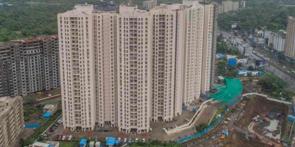building-structure-puraniks-rumah-bali-ghodbunder-road-puraniks-group-thane-west-maharashtra
