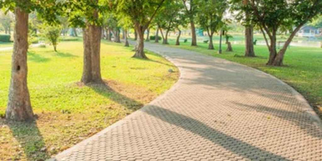 jogging-track-amenities-empire-homes-empire-industries-ltd-village-chickloli-ambernath-west-thane-maharashtra
