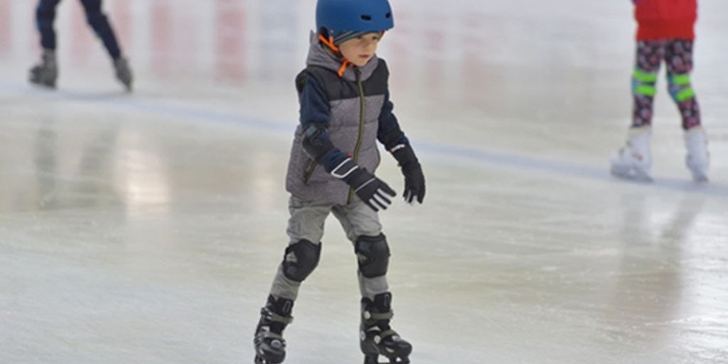 skating-rink-amenities-empire-homes-empire-industries-ltd-village-chickloli-ambernath-west-thane-maharashtra